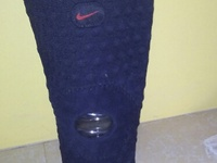 Nike open and closed patella knee sleeves
