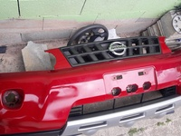 Nissan X-trail 2010 Bumper and Grill