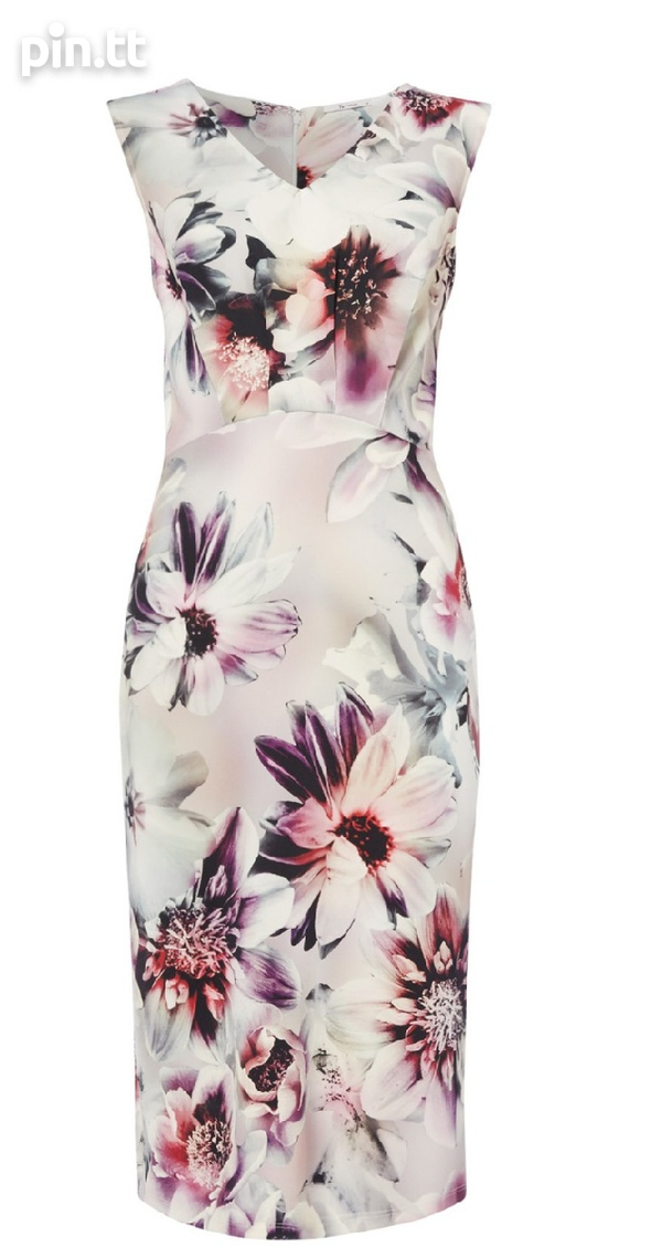 Beautiful floral dress size 8