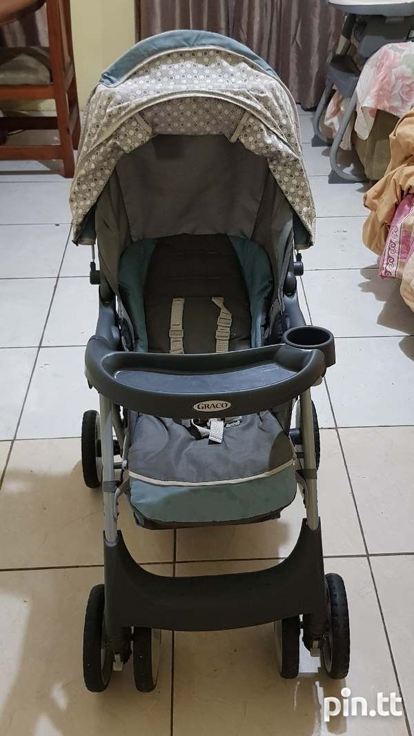 Used Graco Car Seat and Stroller-7