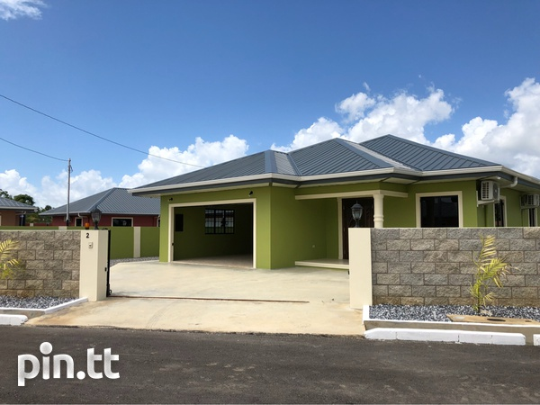Munroe Road newly built home with 3 bedrooms-1