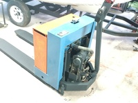 Blue Giant WPT-45 powered pallet truck capacity 4500 lb working but ne