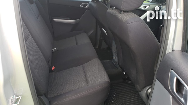 Mazda BT-50 Pickup, 2014, PDC-5