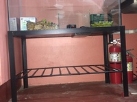2 aquariums, comes with the stand and everything inside the aquarium