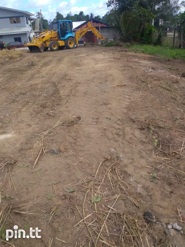 Investment lot, Eastern Main Road-2