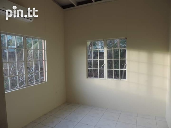Champs Fleurs Apartment with 3 bedrooms-3