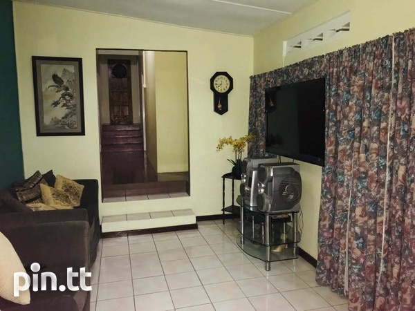 Beautuful Mt Hope Home with 4 Bedrooms-3