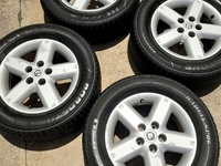 NISSAN XTRAIL RIMS AND TYRES