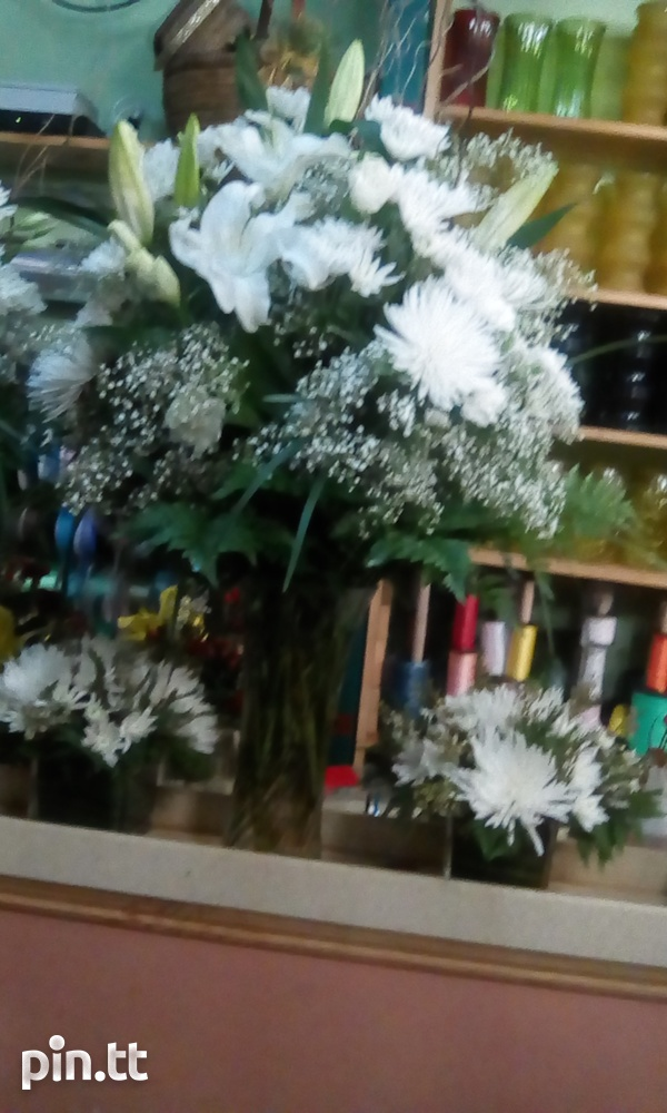Flower arrangements for any occasions-8