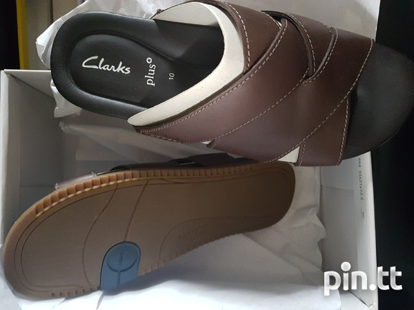 NEW Clarks slippers sandals.-2
