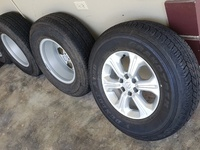 Frontier NP300 Rims and Tires