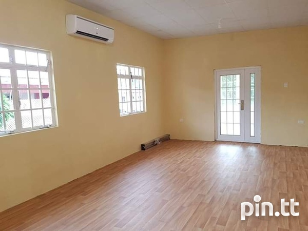 House with 2 bedrooms-3