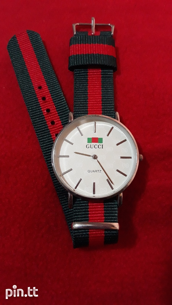 White Gucci Watch Unisex-1