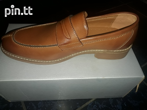 Kenneth Cole Penny Loafer-2