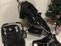 Britax B-Agile Infant Seat and Stroller Combo Used