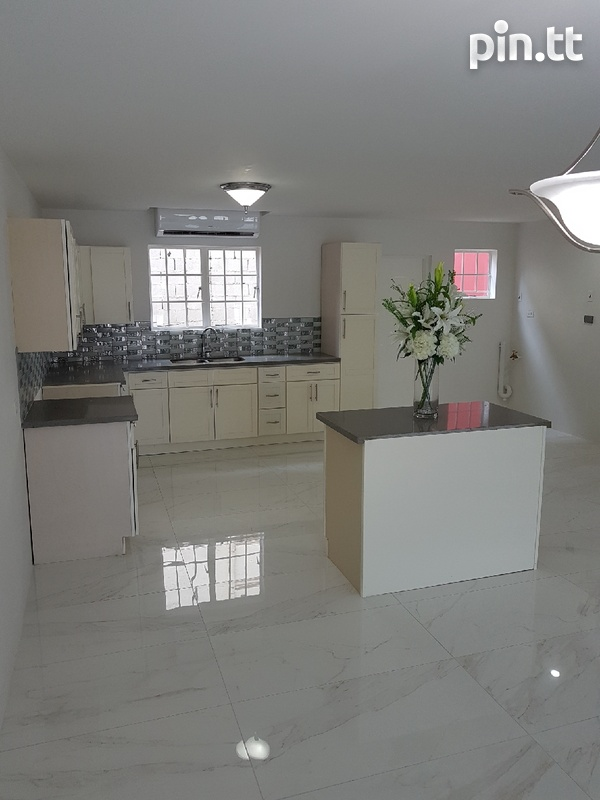 Newly built 3 bedroom townhouses-3
