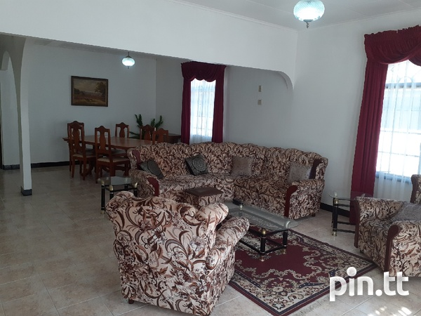 Valsayn North house with 4 bedrooms-4