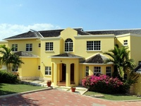 Luxury villa on exclusive estate in Jamaica