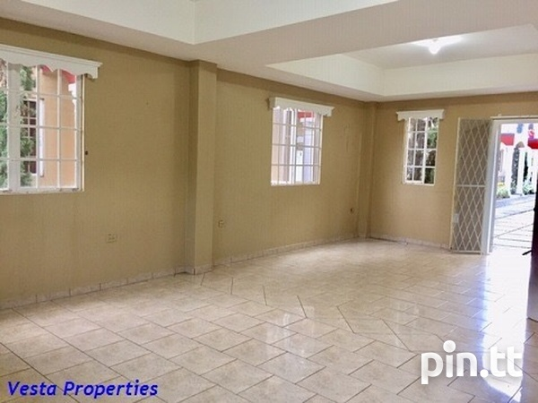 Unfurnished 2 bed townhouse-3