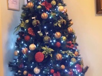7.5 Ft. Christmas Tree with Decorations