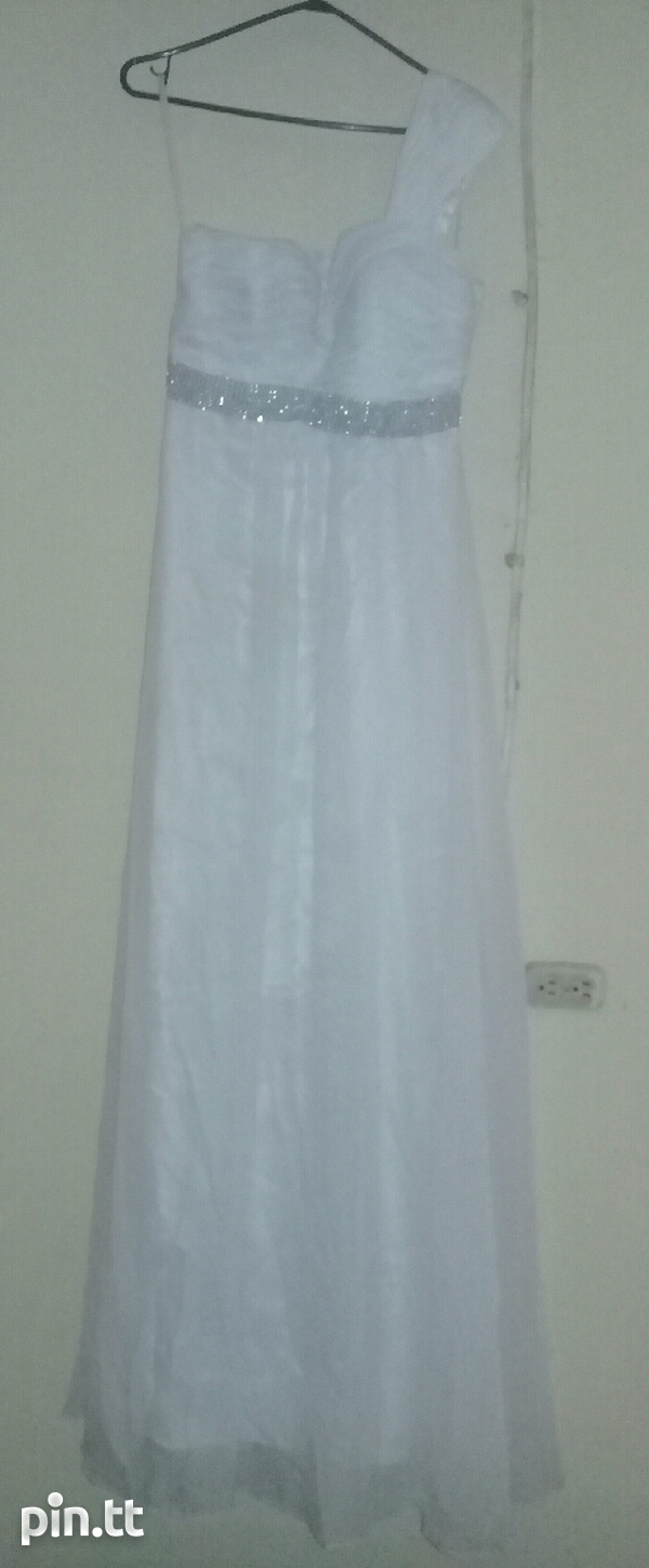 Used Dresses with Veil n Gloves-2