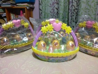 hatchimals egg cartons and baskets