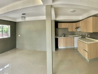 New Glencoe, Shorelands apartment with 3 bedrooms
