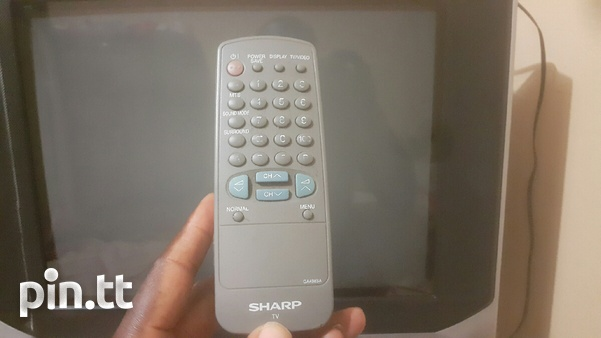 Sharp TV with remote-1