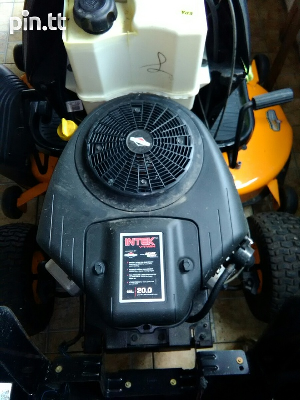 Lawn tractor-2
