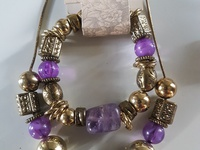Beautiful genuine amethyst necklace and bracelet set. Crystals.