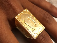 Gold Table-top Ring