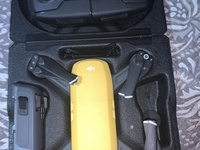DJI SPARK TOP CONDITION COMES WITH EXTRA BATTERY