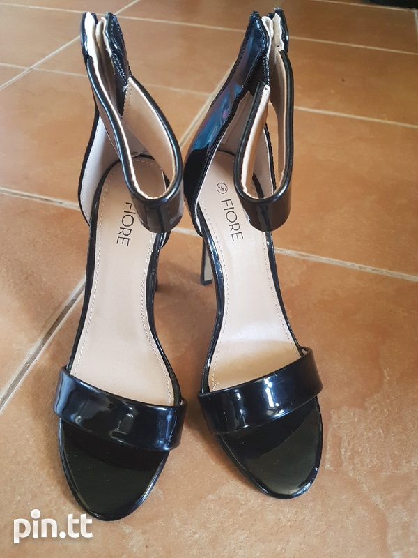 New high heels shoes-2