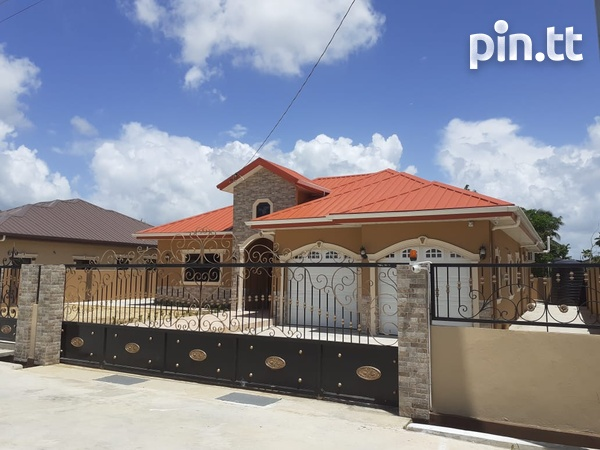 Executive Home in Small Gated Community Cunupia-1