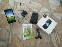 Sony Xperia T LT30P 13MP 16GB with Original Accessories extra Case