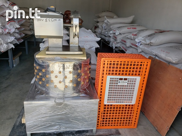 Poultry slaughtering machines