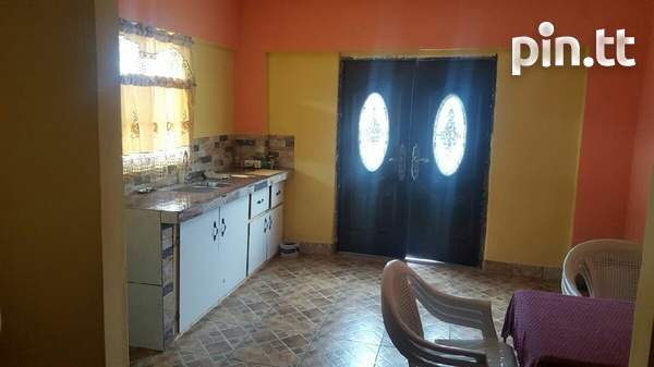 Chaguanas house with 4 bedrooms-4