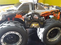 RC 4x4 Monster Truck