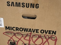 Samsung Microwave Oven...New in box