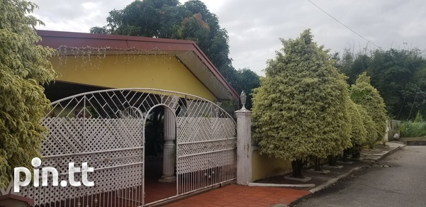 Frank Hart, Arima home with 3 bedrooms-1