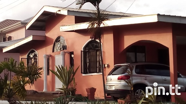 Spacious and Comfortable Family Home - Milton Park, Cleaver Rd. Arima.-1