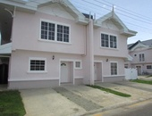 Brentwood Park TownHouse with 3 Bedroom