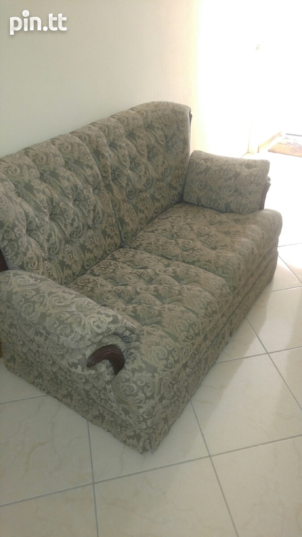 Couch set-1