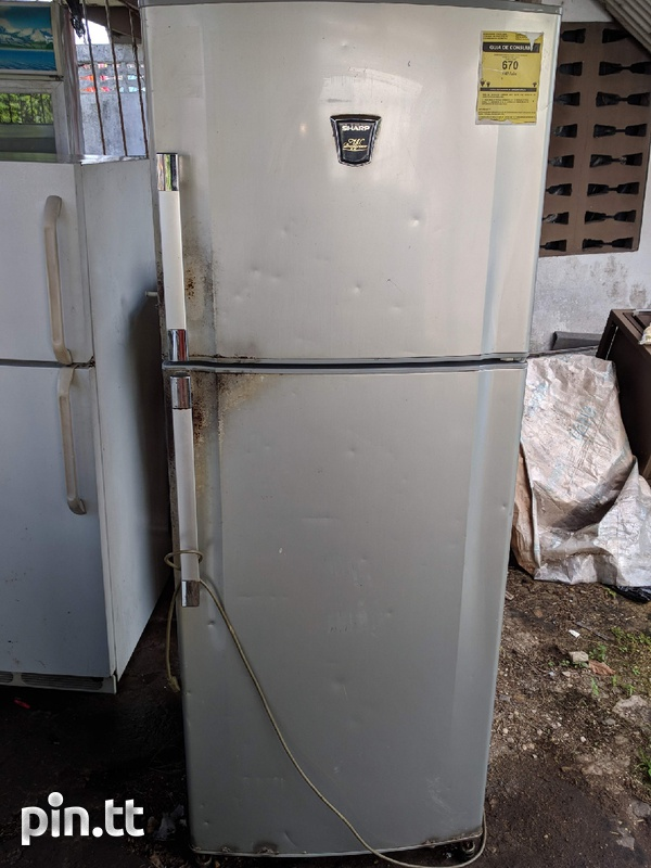 Sharp Refrigerator-1