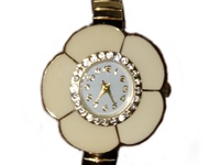 Gold plated flower shaped watch