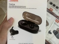 JBL TWS 4 Bluetooth Earbuds In Black Or White Brand New