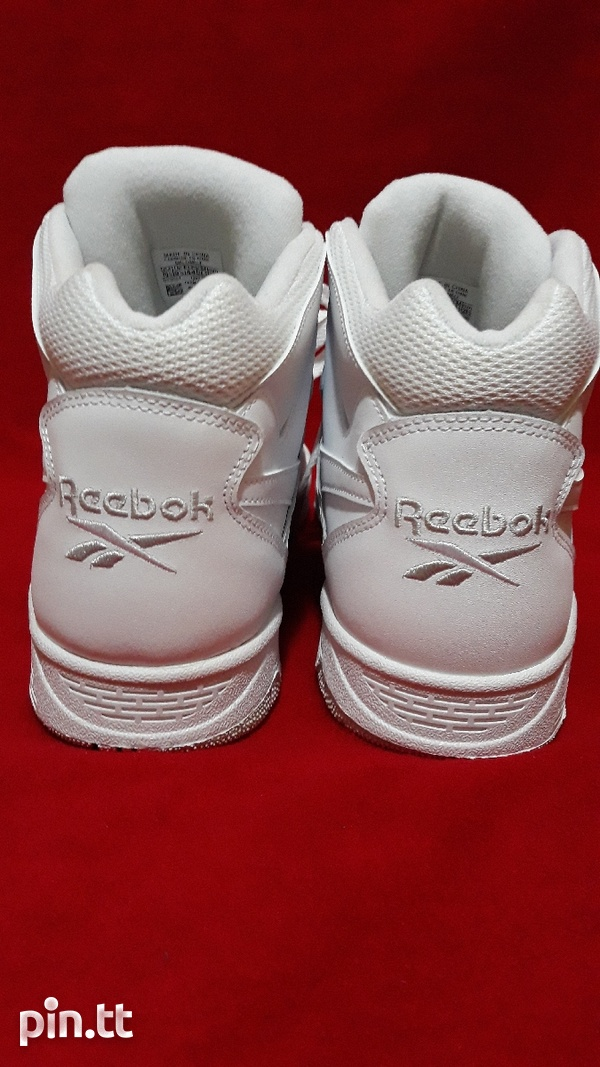 Reebok Classic Mens Size 10 or 10.5-5