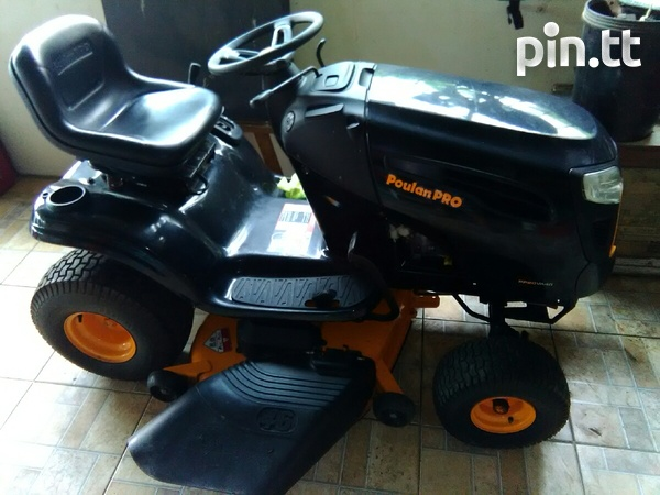 Lawn tractor-1