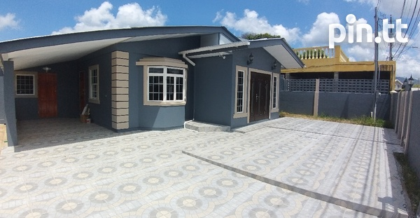 Trincity house with 3 bedrooms-1