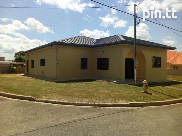 Arima property with 3 bedrooms-6